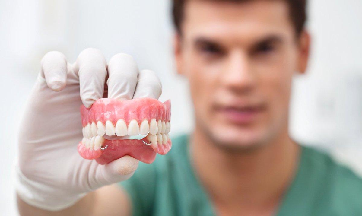 когда нельзя протезировать зубы